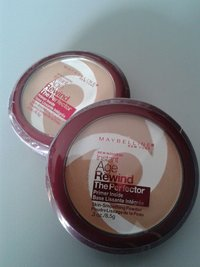 Nieuw: Maybelline Instant Age Rewind The Perfector Powder